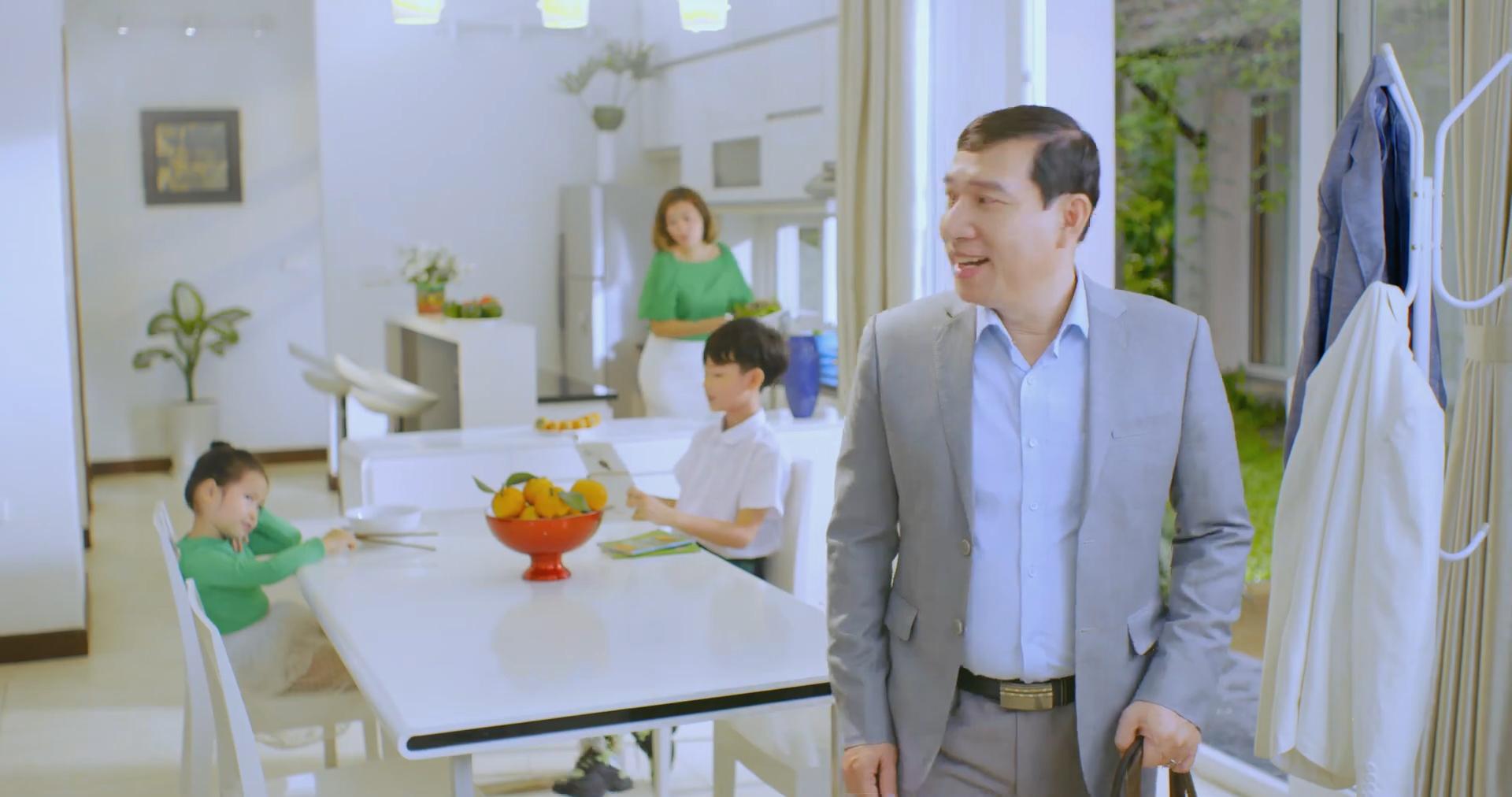 Diễn viên hài Quang Thắng - Thanh Hương làm TVC - Phim quảng cáo Gel Nano bạc Sao Thái Dương.00_00_00_07.Still001